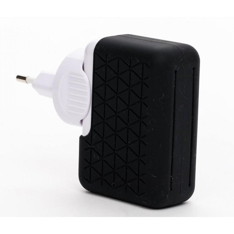 CARGADOR BLUESTORK UNIVERSAL SIN CABLE 4 PUERTOS USB 2,1A NEGRO